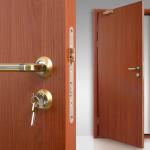 Двери, фурнитура